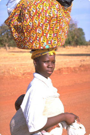 gokhale-method-african-woman-load-on-head